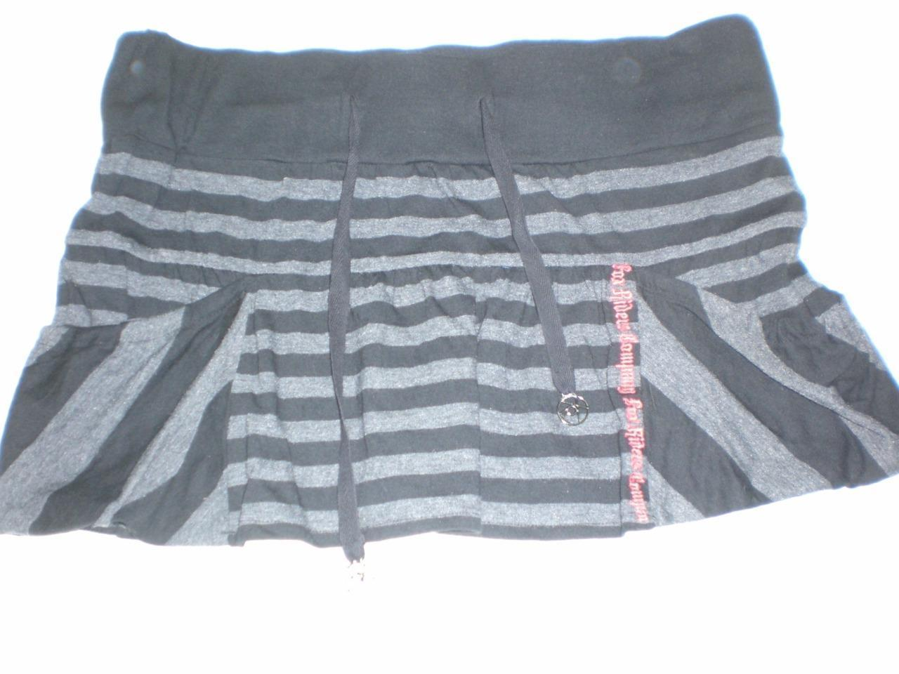 J2811 Juniors FOX Riders Black/Gray Striped Jersey Knit MINI SKIRT Medium