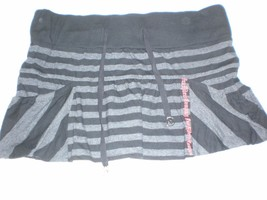 J2811 Juniors FOX Riders Black/Gray Striped Jersey Knit MINI SKIRT Medium - $30.89