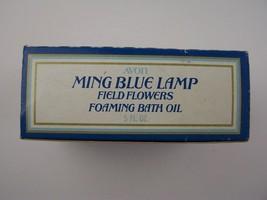 Avon Decanter Ming Blue Lamp Field Flowers Foaming Bath Oil 5 Fl Oz Orig... - $6.92
