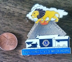Lions Club (TOUCHING LIVES WITH HOPE) pin. - $0.99