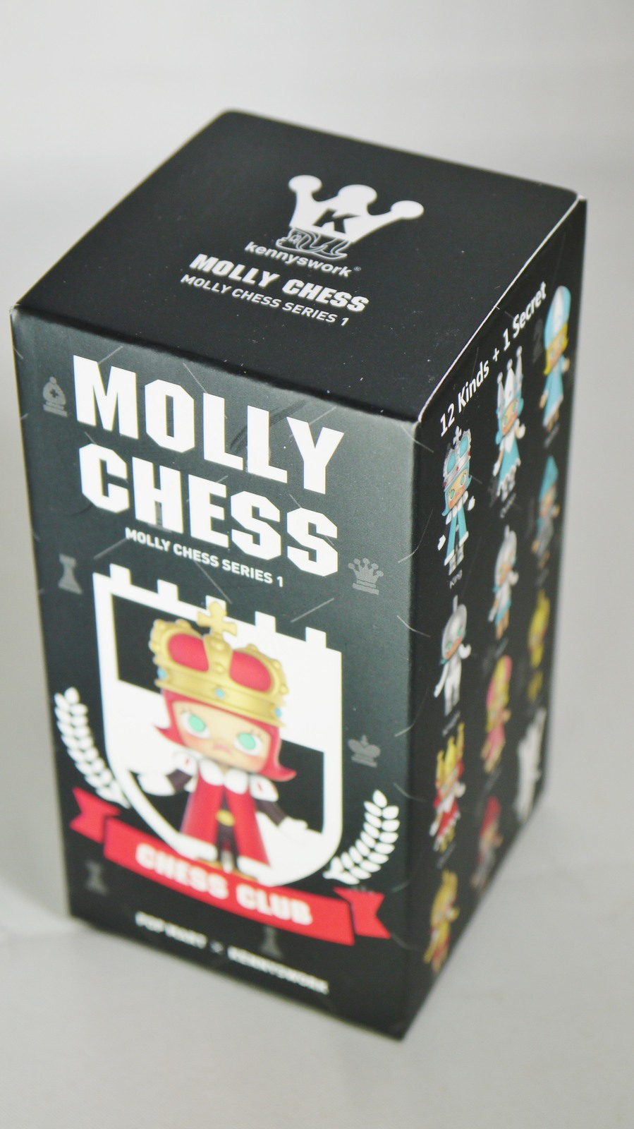 POP MART Kennyswork BLOCK Little Molly Chess Club Chessmate PAWN Gold & Red