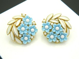 Crown Trifari Blue Lucite White Enamel Flower Floral Gold Tone Clip Earr... - $39.59