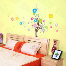 Flowing Tree - X-Large Wall Decals Stickers Appliques Home Decor - $10.98