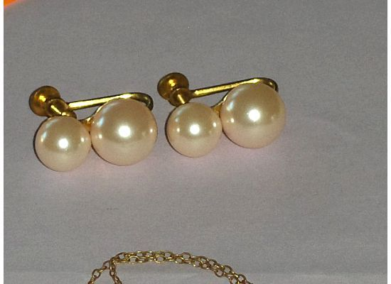 Vintage Pink Pearls Earrings Screw On