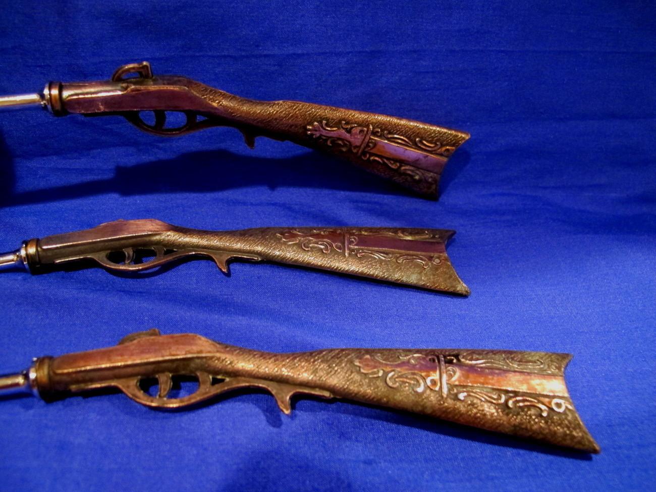 Rifle Handles Cocktail Bar Set Vintage Souvenir Collectible Guns Collector