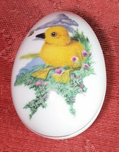 SMALL FRANKLIN PORCELAIN EASTER 1982 EGG TRINKET BOX COLLECTIBLE