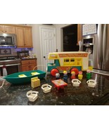 Vintage Fisher Price Little People Play Family Camper #994 INCOMPLETE - $67.92