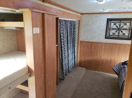 2013 Fleetwood Bounder Classic 34B FOR SALE IN Cartersville, Georgia 30120 image 11