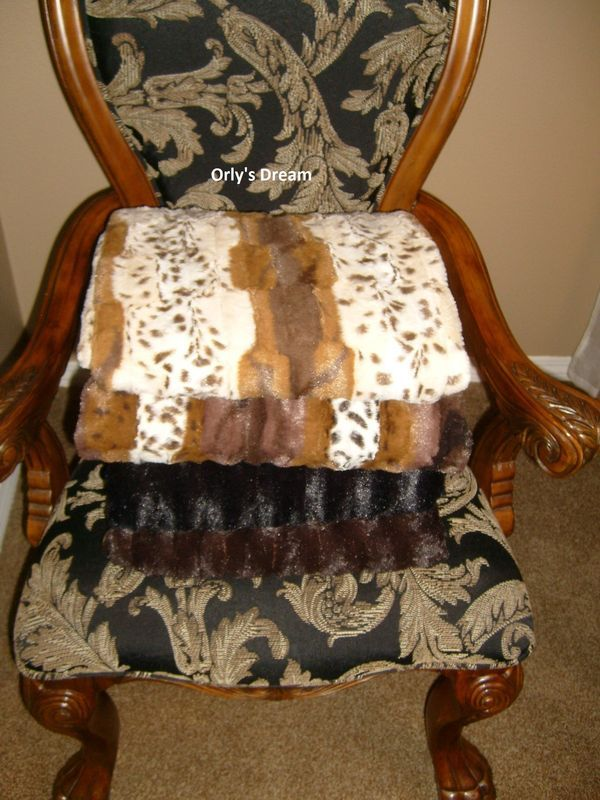 "SAFARI - ""MINK"" FAUX FUR THERMAL THROW BLANKET 52"" X 70"" - Dark Brown color"