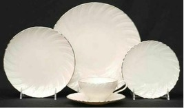 New Weatherly By Lenox 5 Piece Place Setting Ivory, Swirled, Platinum Trim - $74.61