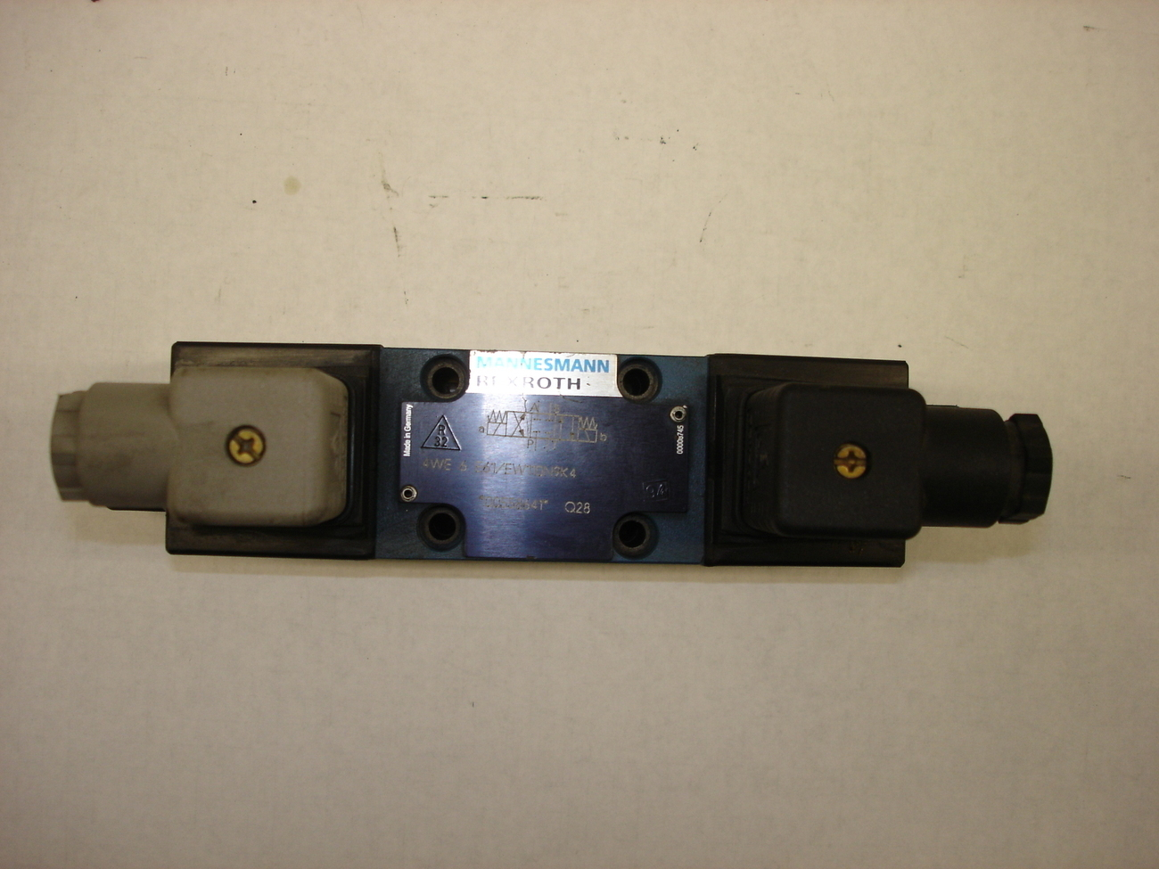 Primary image for Rexroth Solenoid Valve 4WE 6 E61/EW110N9K4
