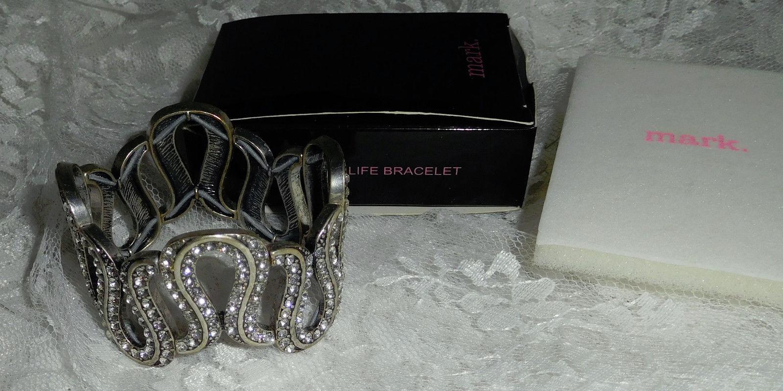 "Mark Glamorous Life Bracelet - 1 1/4"" tall - Stretch - OSFM - New in Box!"
