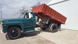 1968 Ford F-600 For Sale in Center Point, Iowa 52213 image 1