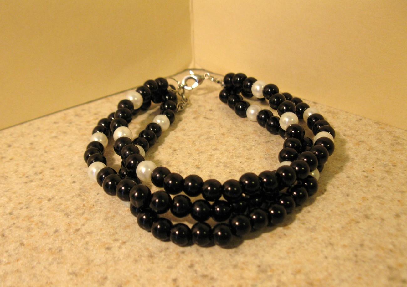 433 black white jade bracelet