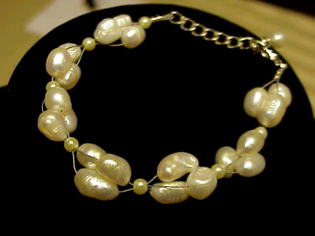 Primary image for   FW  PEARLS  CLUSTER  BRIDAL BRACELET  NEW  HANDMADE