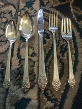 1881 Rogers Plantation 5 Piece Place Settings Oneida Silverplate 1948 15... - $14.75