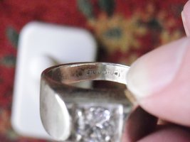 Men's Vintage UNCAS Sterling Silver Ring With Cubic Zirconia Solitare (11) image 4