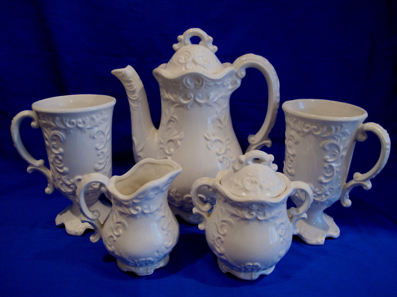 Primary image for Teapot Set Cream Sugar Cups Vintage Elegant Tea Service Collectible Mugs