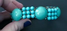 Turquoise Beaded Stretch Bracelet Silver Tone Metal Hardware Fashion Jewelry - $9.89