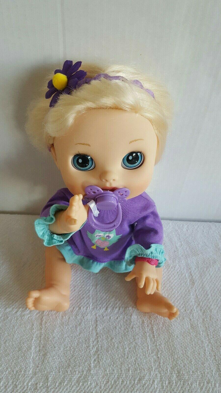 Hasbro Baby Alive 2012 Real Surprises Interactive Bilingual Spa/Eng Talking Doll