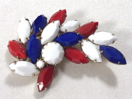 VTG Mid Century Gold tone Red White Blue color Glass Rhinestones Leaf Pi... - $33.26