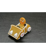 Shrek THE HALLS Gingerbread man Toy Car Gingys Ride 2009  - $20.79