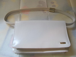 Small Glossy White Gold Accents Nine West Clutch Purse- Very good condition. Shi - $13.99