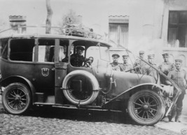 German army automobile equipped with a wire cutter 1914 World War I 8x10 Photo - $6.16