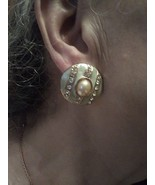 VINTAGE POST CLIP GOLDTONE BUTTON EARRINGS W/ FAUX MABE PEARL & LT GREEN... - $40.00