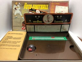 Vintage 1977 Pro Foto Football Board Game Cadaco No.164 Missing Rules - $29.65