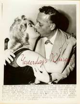 Sexy CLEO MOORE JACK EIGEN KISSING Scandal ORG PHOTO - $14.99