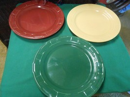 """Great LONGABERGER """"Woven Traditions"""" Set of 3 Color DINNER Plates - $49.09"""