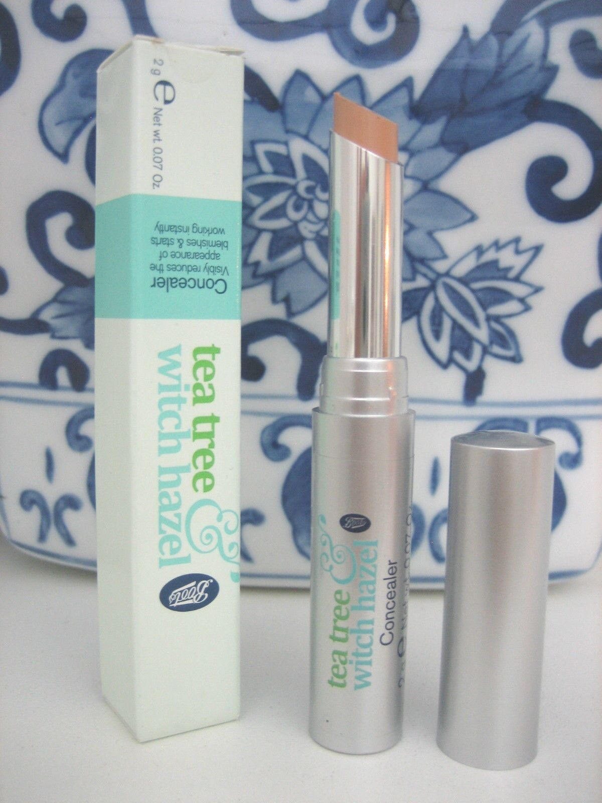 Primary image for Tea Tree & Witch Hazel Tinted CONCEALER fights blemishes, Boots brand UK