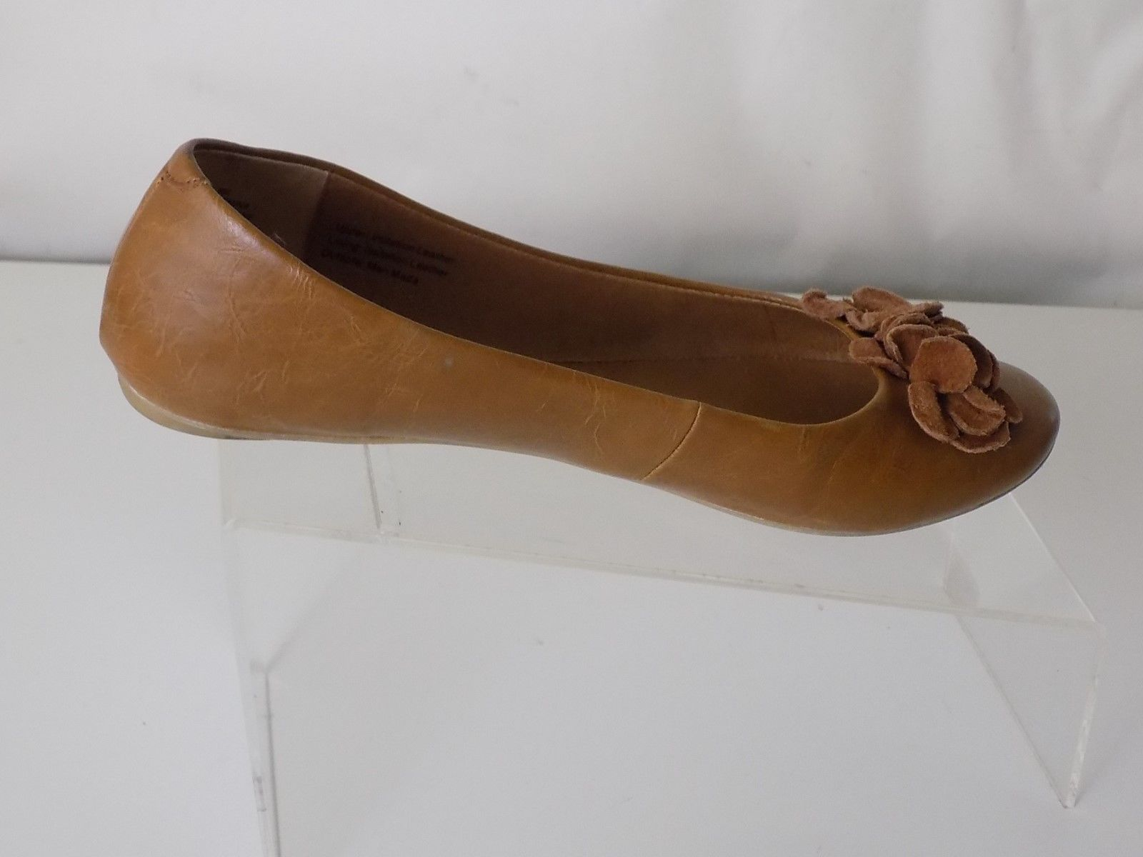 1335795aa25 S l1600. S l1600. Previous. KENNETH COLE REACTION ALL MAN MADE MATERIALS  TAN FLAT SHOES WOMENS SIZE 8 M