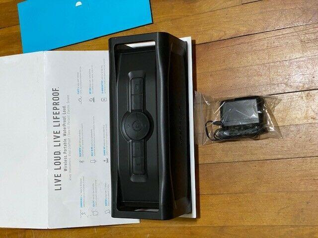 LifeProof AQUAPHONICS AQ11 Waterproof Portable Bluetooth Speaker - Obsidian Sand