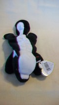 Stinky the Skunk Ty Beanie Baby DOB February 13, 1995 Style 4017 - $6.92