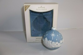 Hallmark Ornament 2008 Wedgwood Heaven Comes To Earth - $14.99
