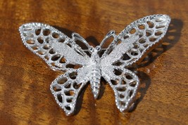 Sarah Coventry Madame Butterfly Brooch Pin - $19.71