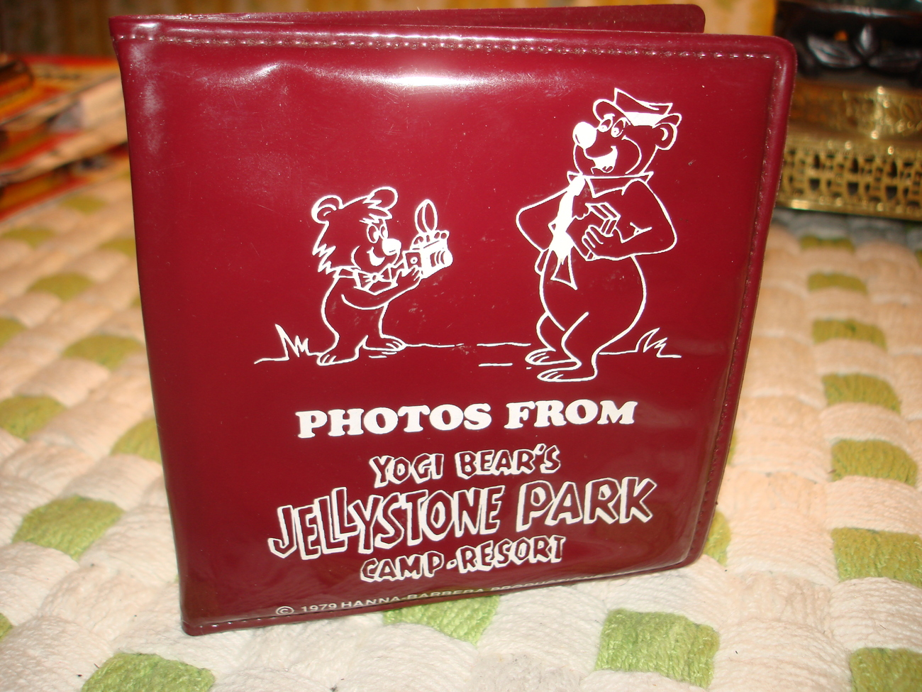 VINTAGE YOGI BEAR & BOO BOO PHOTO BOOK JELLYSTONE CAMP RESORT SOUVENIR ALBUM NEW