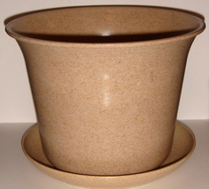 Tan Planter with Matching Saucer ~ Made of Plant Fiber ~ NEW - $5.00