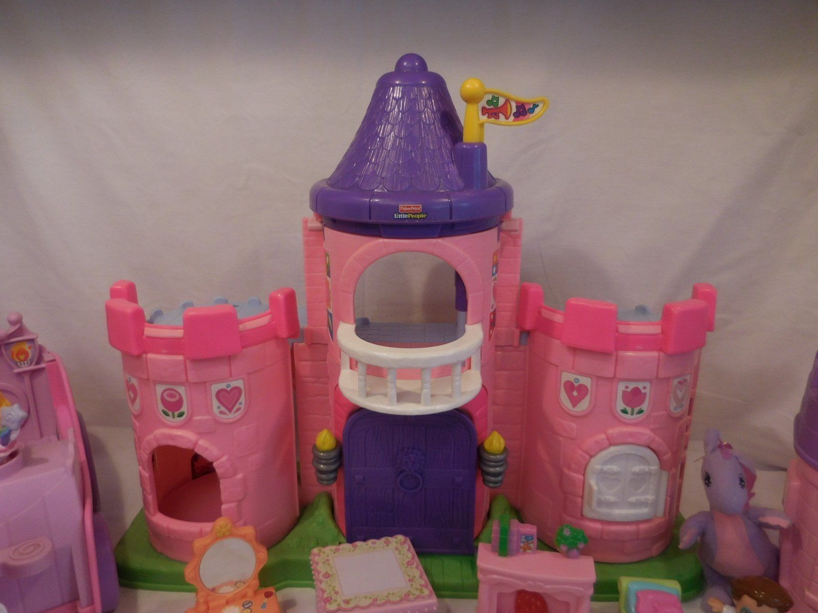 Fisher Price Little People Pink Castle + Play 'N Go Castle + Princess Carriage image 5