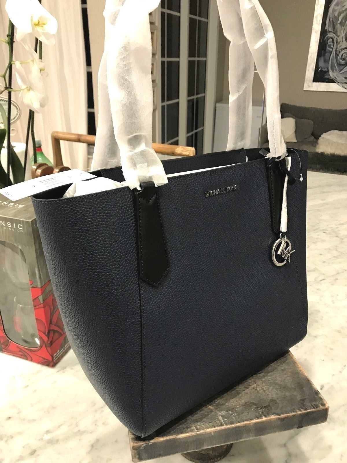 f9030bb7e38d87 Michael Kors Kimberly Lg Slouchy T/Z Bonded Shoulder Tote in Navy Blue $348