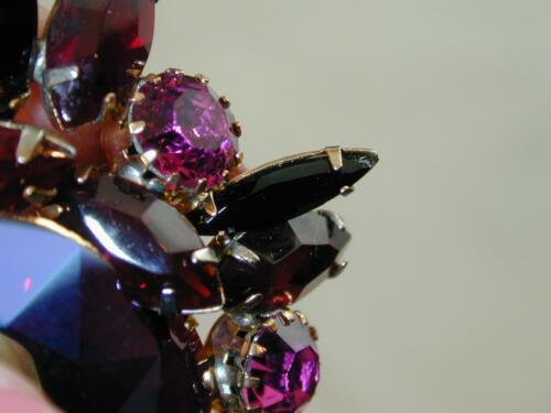 FANTASTIC Hattie Carnegie Huge Deep Red Pink Rhinestone Pin & Earrings