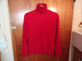 """Womens / Girls Chaps Size S / P / CH Red Turtle Neck Pull Over Top """" BEAUTIFUL """" - $11.99"""