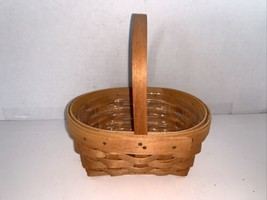 """Vintage Longaberger Oval Basket W/ Handle & Liner 6"""" X 4 3/4"""" - $10.00"""