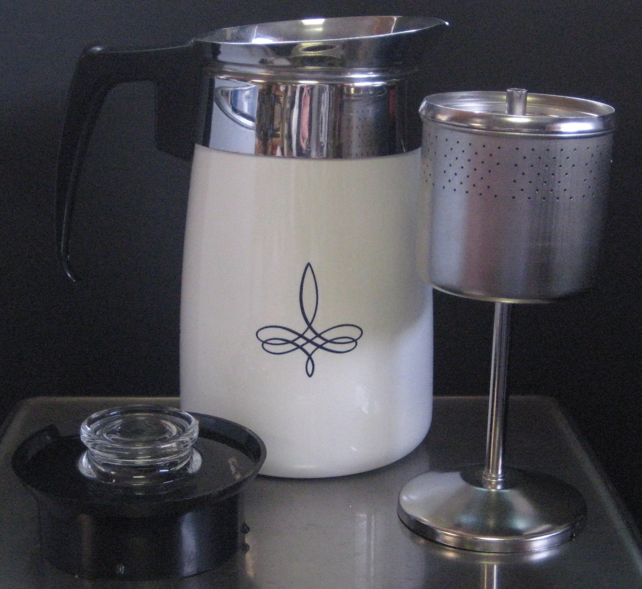 Rare vintage corning ware black trefoil 6 and 31 similar items for Best coffee percolator