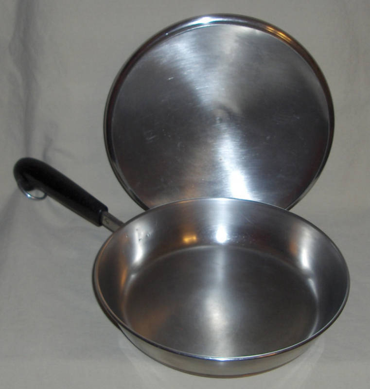 Revere Ware 1801 Copper Clad Stainless Steel 9 Inch