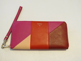Fossil SL4952995 Giftable Patchwork Zip Clutch Wristlet leather Scratches ^ - $55.23