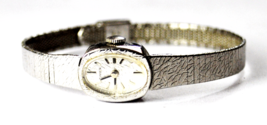 Vintage Women's Timex Textured Dial & Case 14mm Chrome Wristwatch - $19.79