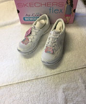 Skechers Gratis Mesh Bungee Women's Slip On Athletic Shoes NWB image 2